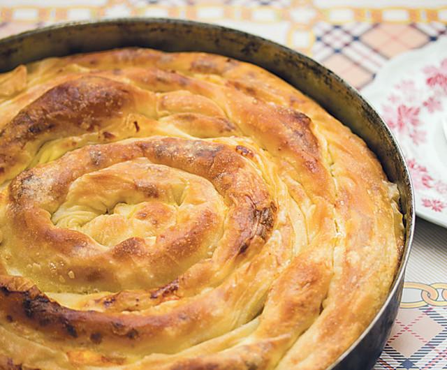 Фото для рецепта: Вертута с картофелем и луком
