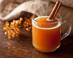 Фото для рецепта: Сбитень с облепихой и медом