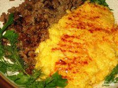 Фото для рецепта: Буламик: узбекская кукурузная каша с фаршем