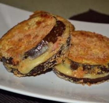Фото для рецепта: Горячие бутерброды из баклажанов