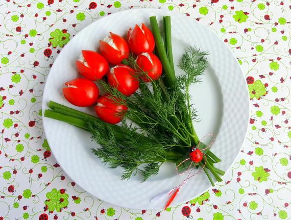 Фото для рецепта: Фаршированные помидоры