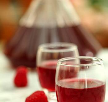 Фото для рецепта: Малиновое вино
