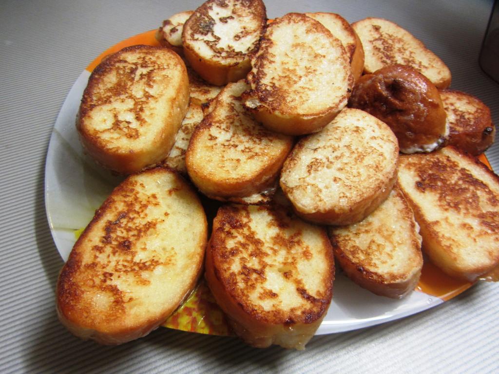 Фото для рецепта: Гренки из белого хлеба